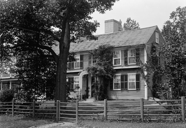 Colonel William Prescott's House (looking NW) in Pepperell, Middlesex County, Massachusetts. Photographed on June 18, 1941